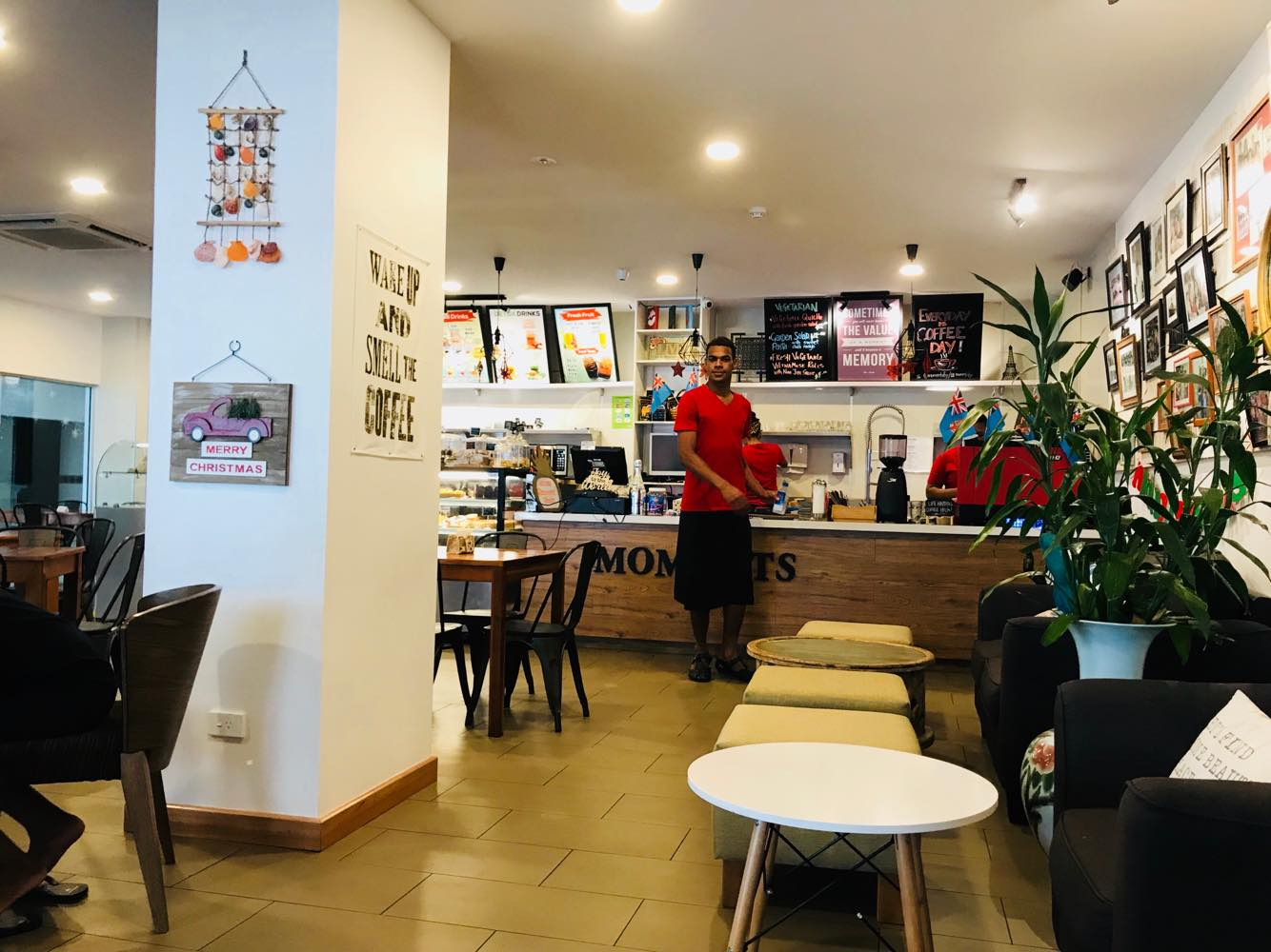 kavarnica-moments